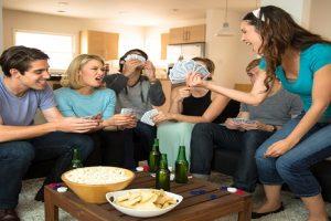 Οργανώστε βραδιά πόκερ στο σπίτι