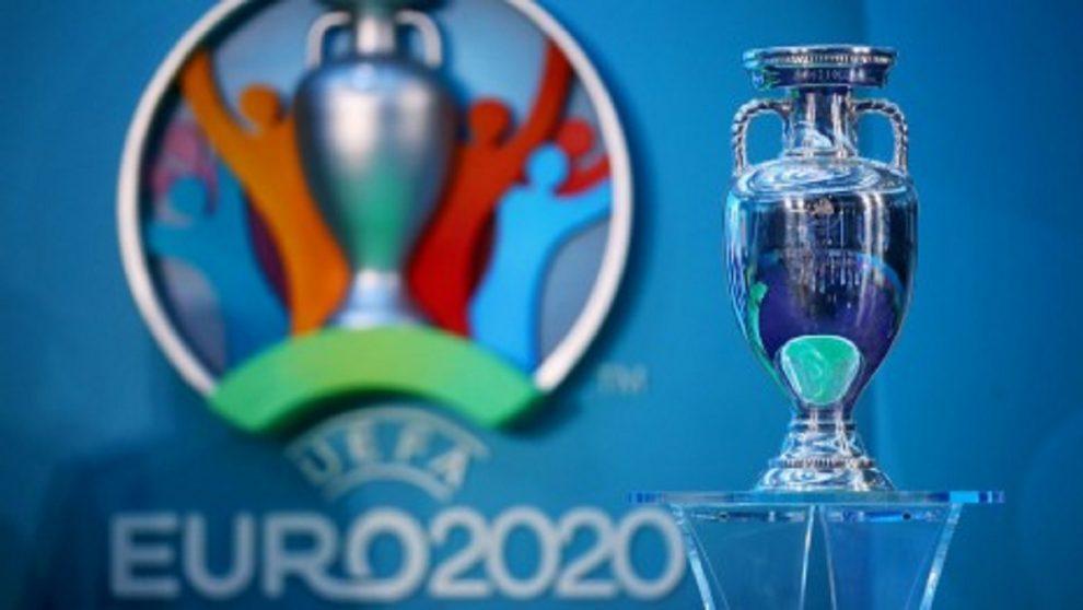 the_uefa_european_championship_trophy